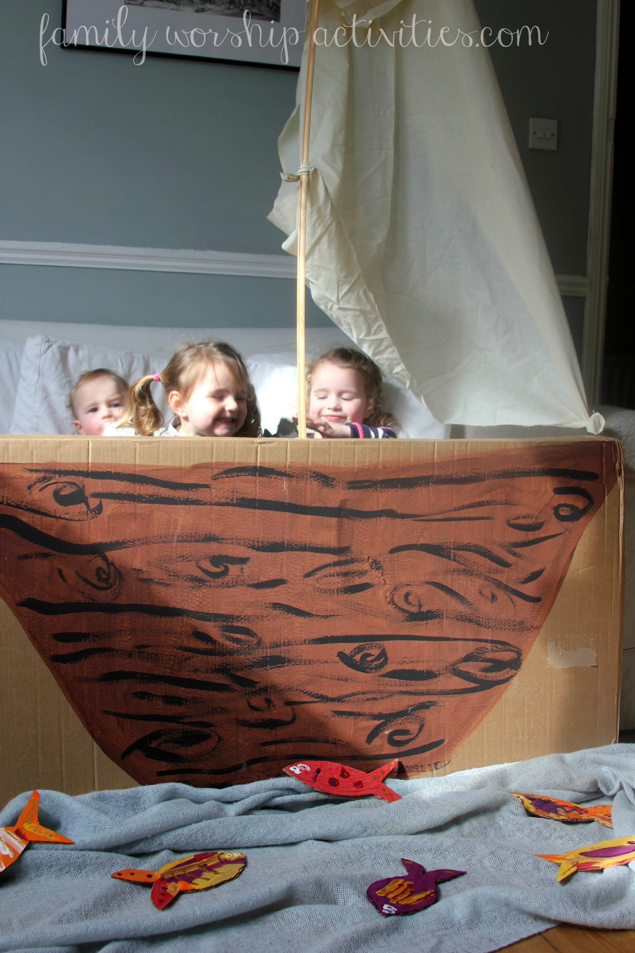 how to make a big boat out of cardboard